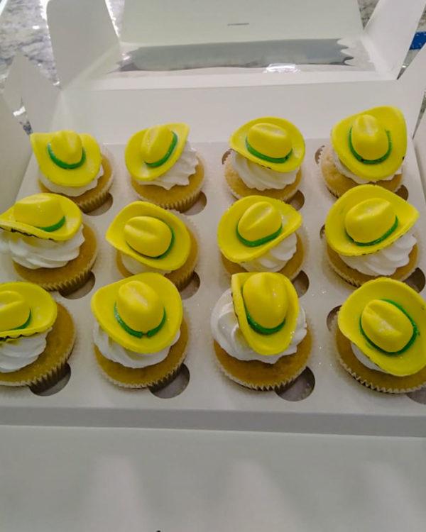 hats cupcakes