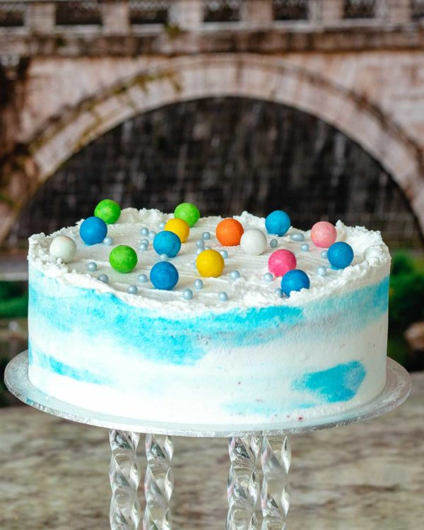 buttercream bubblegum cake