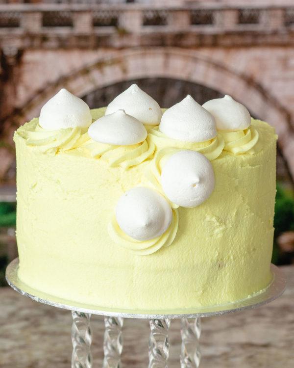lemon meringue buttercream cake